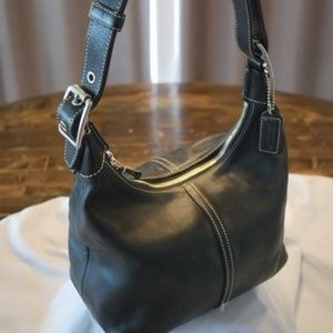 Coach Purse (Black leather)